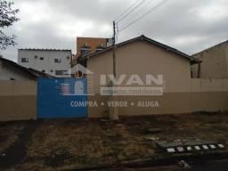 Casa para alugar com 3 dormitórios em Daniel fonseca, Uberlândia cod:594625