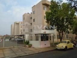 Apartamento para alugar com 1 dormitórios em Santa mônica, Uberlândia cod:216201