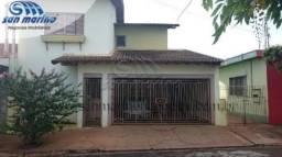 Casa à venda com 3 dormitórios em Centro, Jaboticabal cod:V1286