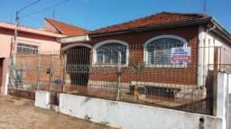 Casa à venda com 4 dormitórios em Centro, Jaboticabal cod:V325