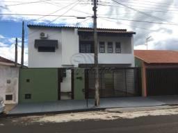 Casa à venda com 3 dormitórios em Jardim das rosas, Jaboticabal cod:V3135