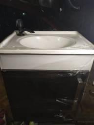 Pia c/ armário de Banheiro (quase dado)