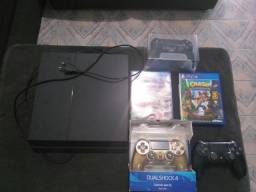 PS4 super conservado