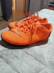Nike Mercurial semi novo