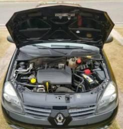 Renault Clio em dias - 2010