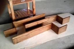 Nichos de madeira maciça