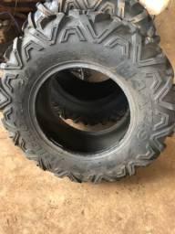 Vendo dois pneus pra Utv