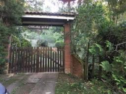 Bela Chácara Com 3 Dormitórios Sendo 1 Suíte - Santa Cruz - Santo Antônio do Pinhal/SP
