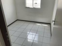 Aluga-se Apartamento no condomínio Santo Expedito. Whats *