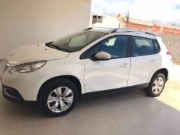 Carro Peugeot 2008