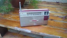 Raro e antigo rádio Mitsubishi