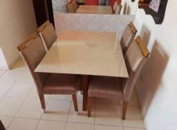 Mesa pra sala ou cozinha