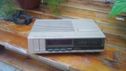 Antigo rádio relógio Philco