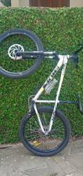 Bicicleta hupi whistler