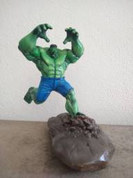 DIORAMA HULK (Action Figure)