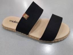 Sandália rasteirinha Moleca.