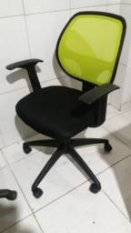 Título do anúncio: Cadeira de escritório tipo ergometrica com encosto de tela