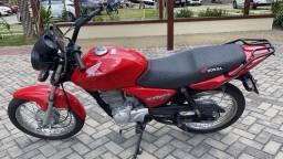 Título do anúncio: Titan 150 estado de zero ano 2004 pedal