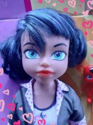 Título do anúncio: Boneca Miraculous Marinette<br>