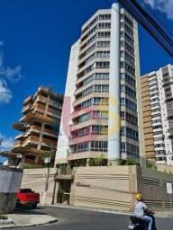Apartamento no Edifício Antônio Benevides