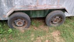 Vende-se um trailer