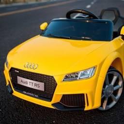 Carrinho Elétrico Audi TT RS - Disponível nas cores Vermelho e Amarelo