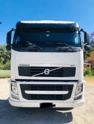 Título do anúncio: Caminhão Volvo