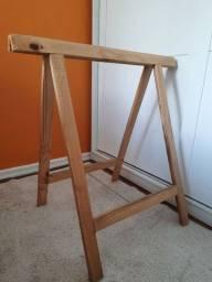 Título do anúncio: Par de cavaletes em madeira Pinus