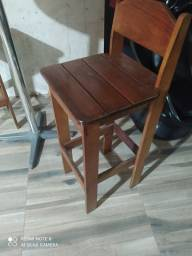 Título do anúncio: Vendo três unidades de cadeiras