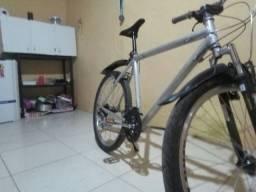 Bicicleta aro 26 Caloi .... alumínio  lei o anúncio
