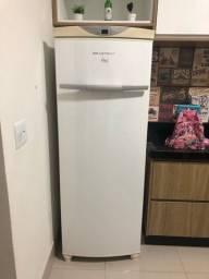 Título do anúncio:  Freezer flex (Freezer e geladeira separados)