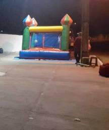 Título do anúncio: Castelo inflável Semi Novo