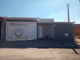 Casa com 3 dormitórios em Artur Nogueira - SP