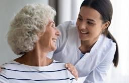 Título do anúncio: Estou disponível para ser cuidadora de idosos!