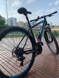 Bicicleta Oggi Hacker Sport Aro 29, quadro 19, 21 velocidades