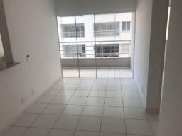 Apartamento com 2 Quartos e 1 banheiro à Venda, 62 m² por R$ 185.000