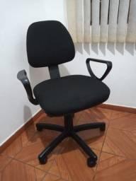 Título do anúncio: Cadeira giratória executiva