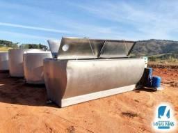 Título do anúncio: Resfriador de leite usado 4.000 LTS Reafrio MEIA-CANA