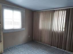 Título do anúncio: Alugo casa com 2 qtos no Cachambi, ambiente familiar.