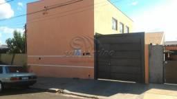 Casa à venda com 3 dormitórios em Jardim das rosas, Jaboticabal cod:V2911