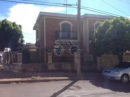 Casa à venda com 4 dormitórios em Centro, Jaboticabal cod:V1453
