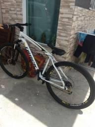 Vende-se bicicleta top aro 29