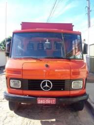 Mercedes bens 608 boiadeiro