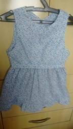 Vendo vestido de criança