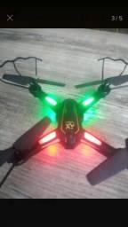 Drone com câmera e pouco uso!