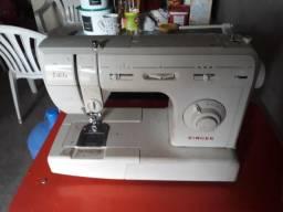 Vendo máquina de Costura Singer
