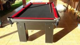 Mesa de Bilhar Cor Preta Tecido Preto e Borda Vermelha Mod. GUON1799