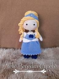 Boneca em crochê Cinderela