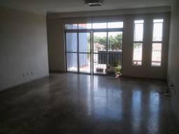 Alugo ou Vendo apartamento 3/4 no Bairro Serraria Brasil, Feira de Santana- BA