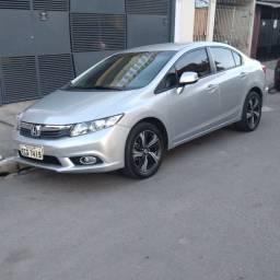Vendo ou troco Honda Civic 2015 com. Apenas 40 mil rodados manual